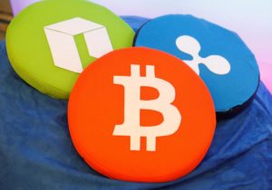 Van Eck, SolidX Seek to Launch Bitcoin-Linked ETF