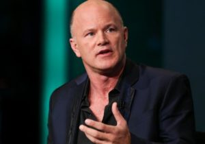 Former hedge fund manager Novogratz's crypto bank drops in stock market debut