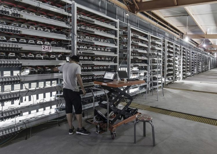 Experts: No, Bitcoin Will Not Consume All the World's Energy