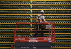 As bitcoin prices fall, mining cryptocurrencies is no longer profitable for many