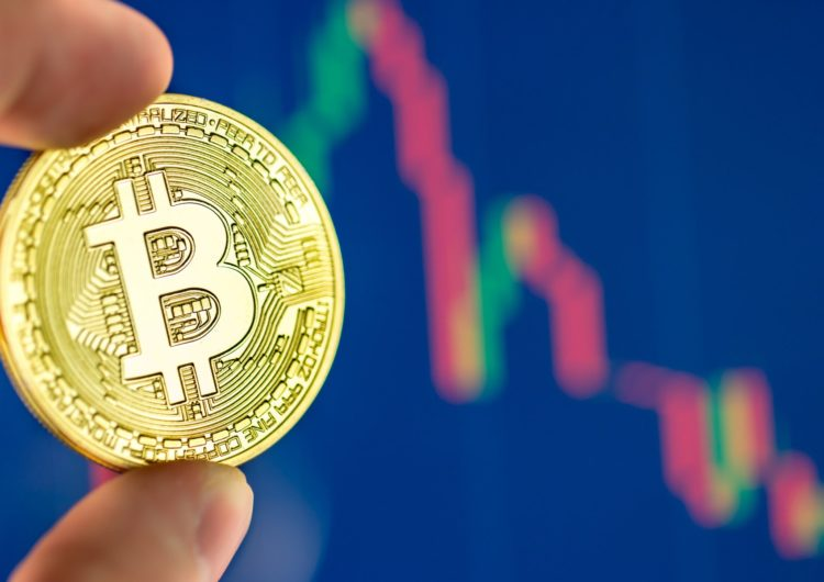 Bitcoin nears one-week low, but optimistic analyst sees an entry point