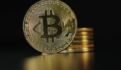 Bitcoin comment: BTC in the EYE OF THE STORM as…