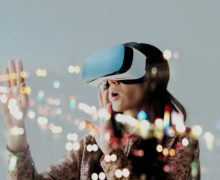 Is VR (Virtual Reality) The New Kid On The Blockchain?