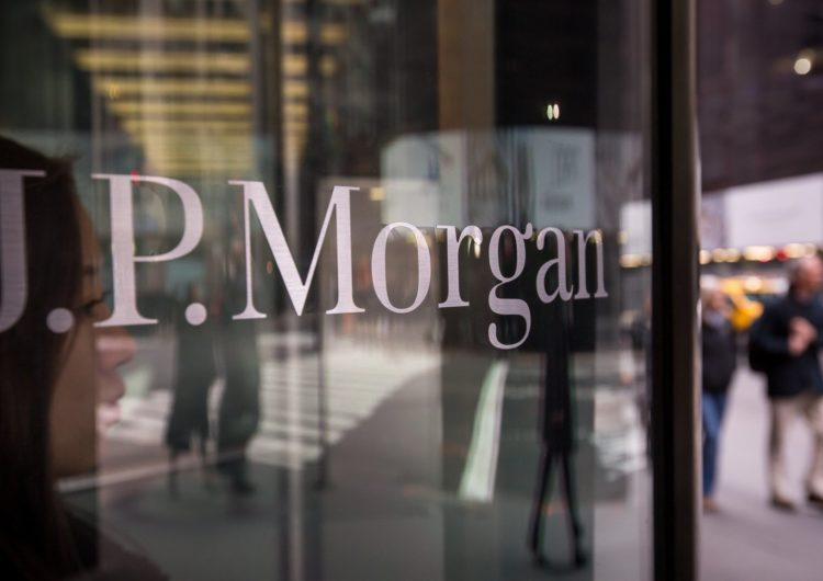J.P. Morgan continues the development of its interbank blockchain network; with 220 banks already signed up