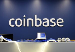 Coinbase launches a debit card in the UK to make it easier to pay with cryptocurrencies