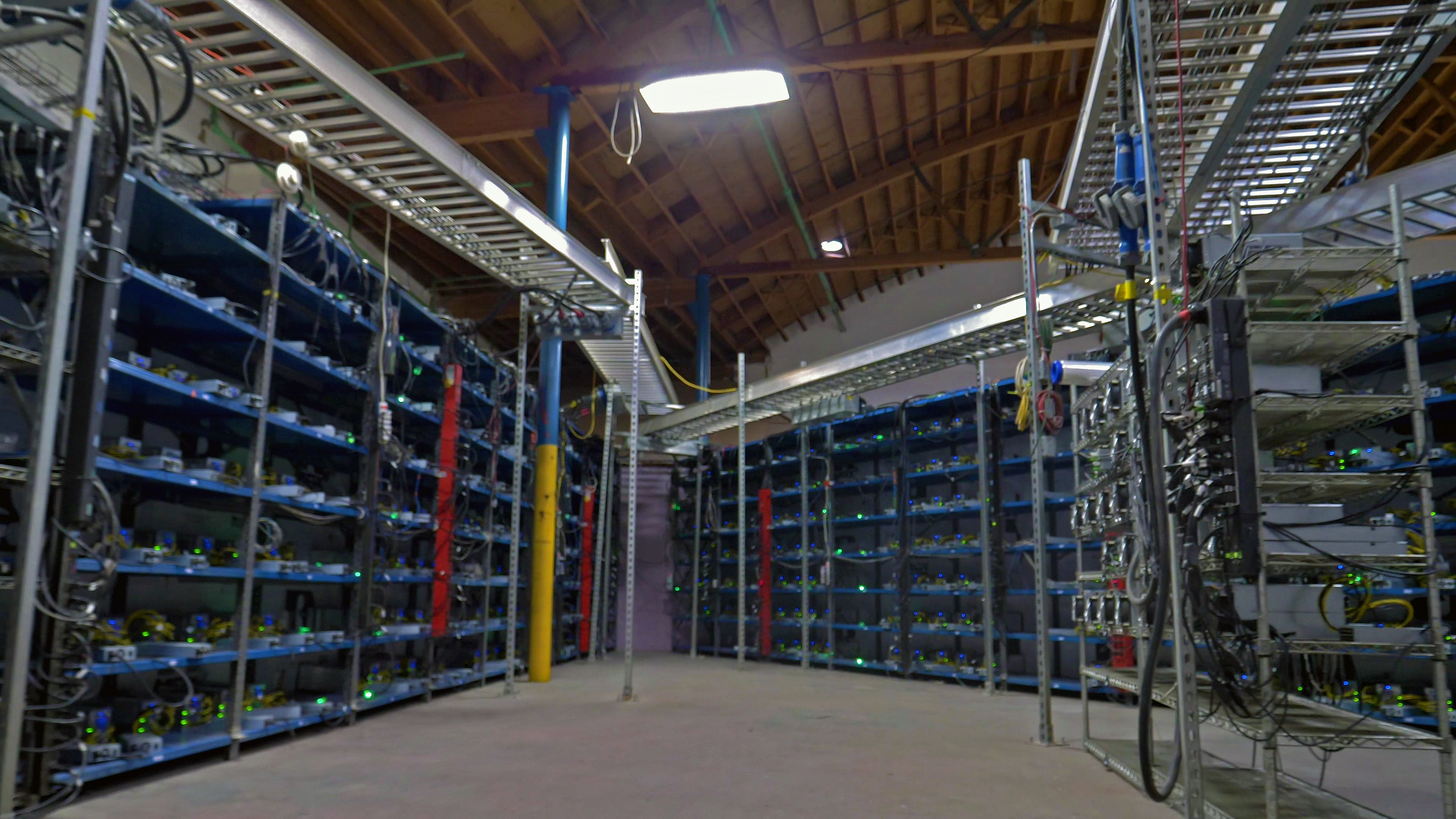 Bitcoin mining rig prices are soaring - MONEY IN CRYPTO