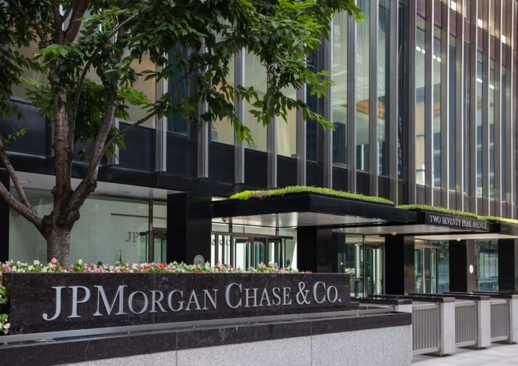 Bitcoin rally 'carries some echoes of the spike higher in late 2017,' warns JPMorgan