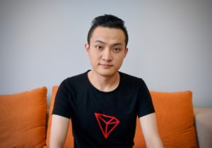 Chinese cryptocurrency billionaire Justin Sun postpones lunch with Warren Buffett because of kidney stones