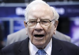 Warren Buffett charity lunch in limbo after crypto promoter issues apology