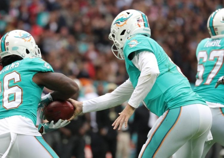 Ballers and Bitcoin: Miami Dolphins Set To Accept Cryptocurrencies For Payments