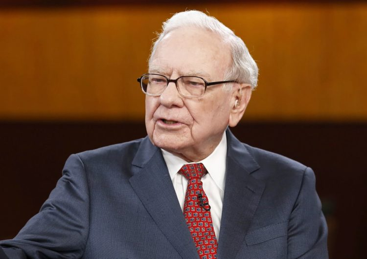 Forget Bitcoin and gold! I aim to retire early by following Warren Buffett